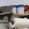 Regal mit Küchenrolle für Kederschiene